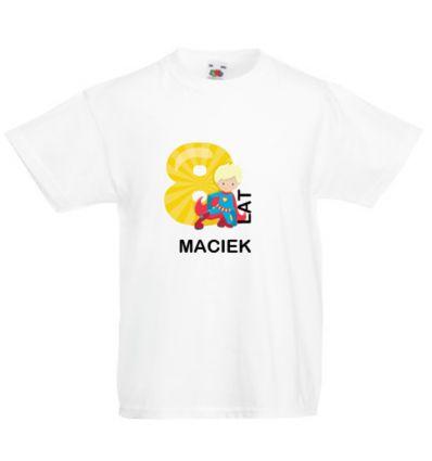 Koszulka osiem lat z imieniem